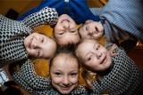 Poznańskie Świadczenie na Rzecz Wieloraczków. Wnioski można składać do końca maja. 1000 zł wypłacane jest jednorazowo na każde dziecko