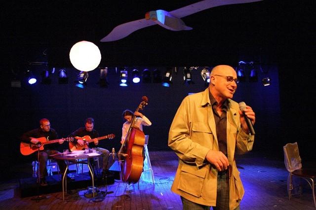 """Teatr im. Adama Mickiewicza w Czestochowie, spektakl """"Stachura"""""""