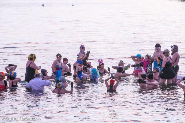 1 stycznia była kąpiel morsów w Miedwiu