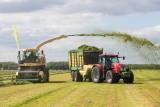 Maszyny do koszenia i zbioru traw: kosiarki, zgrabiarki, prasy, owijarki. Wideo i zdjęcia z pokazu w Ułężu zamiast targów