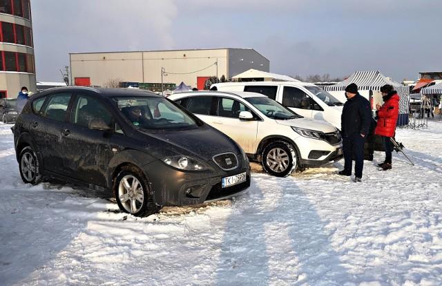 Od nowego roku kierowcy mają 30 dni, by powiadomić urząd o kupnie bądź sprzedaży samochodu