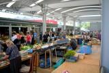 """Sobota na targowisku """"Przy Śląskiej"""" w Radomiu. Dużo kupujących i sprzedających. Zobacz zdjęcia"""