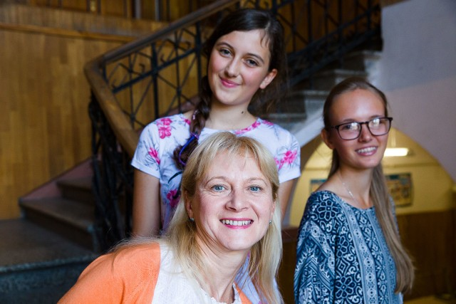 Trzy z 24 uczestniczek warsztatów: Jolanta Blacher (na dole), Elżbieta Krysiewicz (na górze) i Weronika Kozłowska swoje talenty zaprezentują przed publicznością już 28 sierpnia