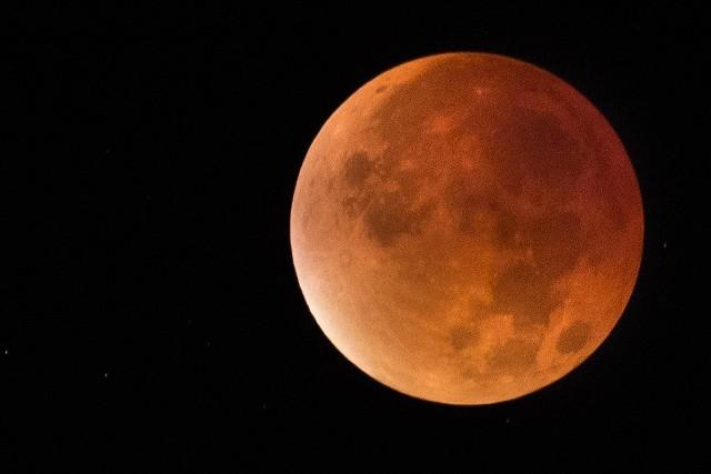 Zaćmienie Księżyca z 28 września 2015 r.