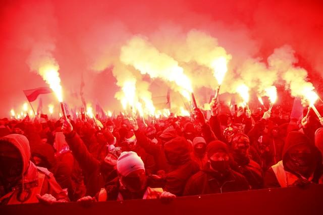 """Tegoroczny Marsz Niepodległości odbywa się pod hasłem """"Nasza cywilizacja, nasze zasady""""."""