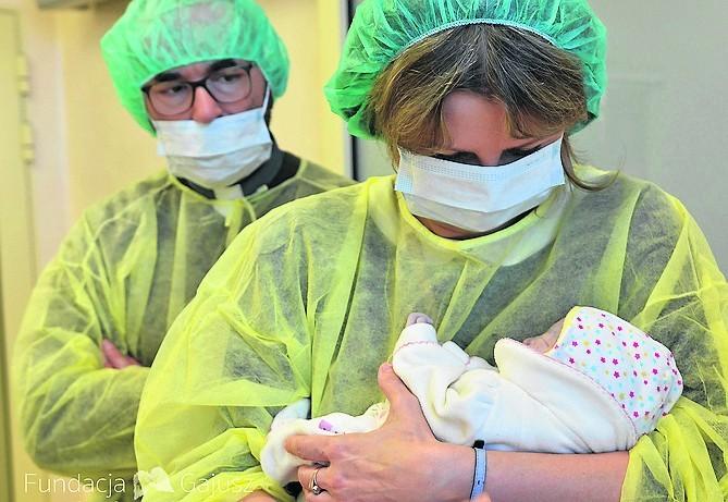 """W hospicjum perinatalnym """"Gajusza"""" urodziło się ponad 50 maluchów, z którymi rodzice mogli spędzić tylko kilka chwil"""