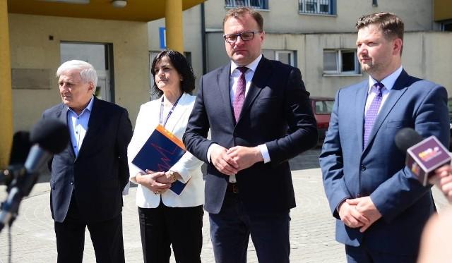 O projekcie nowego Centrum Rehabilitacji mówiły władze Radomia, w tym wiceprezydent Jerzy Zawodnik (z prawej).