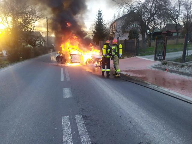 Pożar auta w Jasienicy