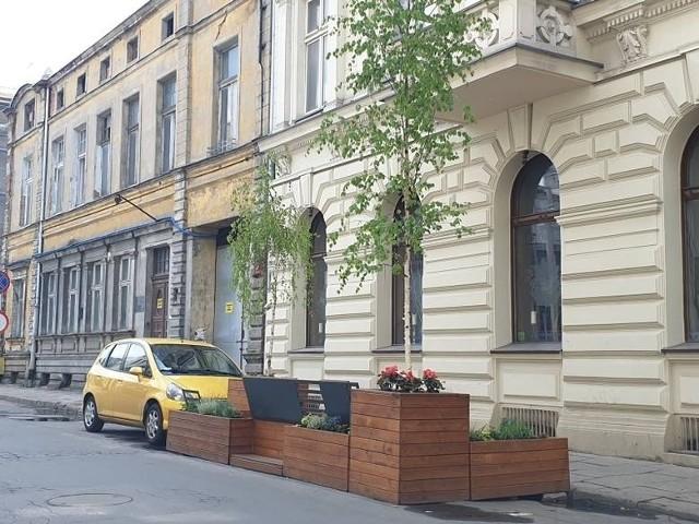 Parklet na ul. Moniuszki w 2019 r.