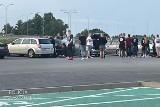 Policja wkroczyła na uliczny zlot motoryzacyjny w Gorzowie -mandaty, zatrzymane prawa jazdy. Miało zakończyć się nielegalnymi wyścigami?