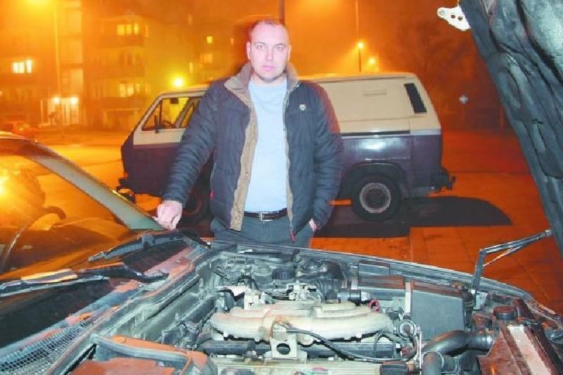 – Przy obecnej cenie benzyny nie wyobrażam sobie jazdy bez gazu – mówi Robert Chojnacki z Białegostoku. – Szczególnie, że dużo jeżdżę. Nawet mimo droższego serwisowania auto na gaz jest opłacalne.
