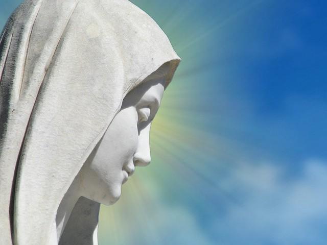 Nabożeństwa majowe 2018. Litania Loretańska i Pod Twoją Obronę to najważniejsze modlitwy. Nowe wezwanie w Litanii 8.05 [tekst]