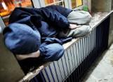 Policjanci apelują o pomoc dla bezdomnych. Jeden telefon może uratować czyjeś życie