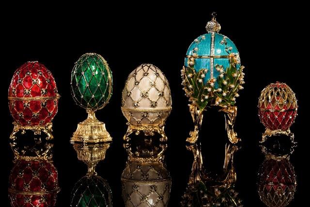 Jaja Fabergé – dzieła sztuki złotniczej z czasów Aleksandra III Romanowa i Mikołaja II. Nazwa dzieł pochodzi od nazwiska ich twórcy, złotnika Petera Carla Fabergé.