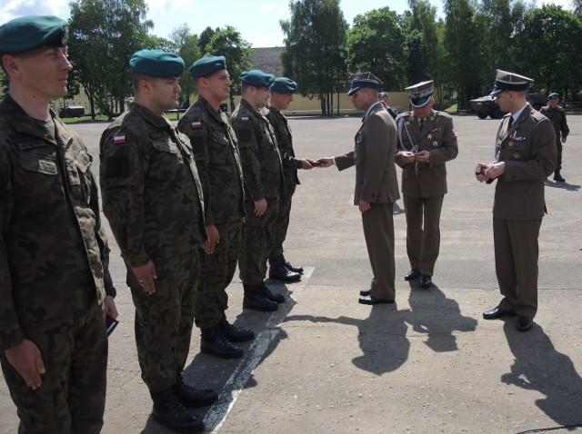 Żołnierze otrzymali odznaczenia przyznawane przez prezydenta RP