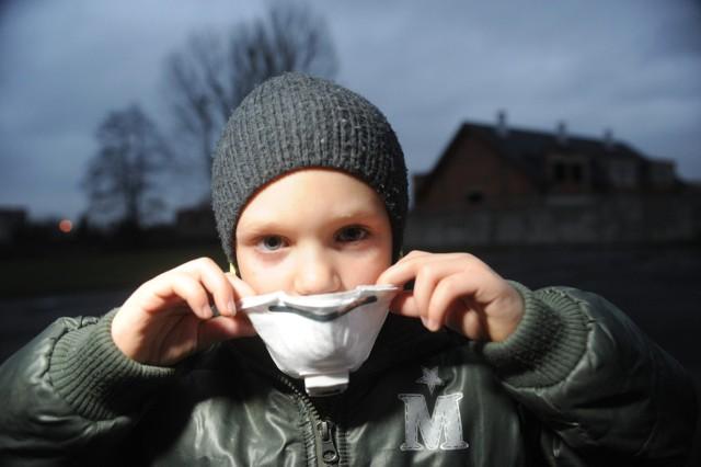 Smog na Śląsku jest obecny przez kilkadziesiąt dni w roku. Gdyby normy jakościowe powietrza były ostrzejsze, obecny byłby przez kilkaset dni.