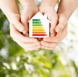 Ekologiczne i ekonomiczne ogrzewanie domu. Rady dla właścicieli budynków jednorodzinnych