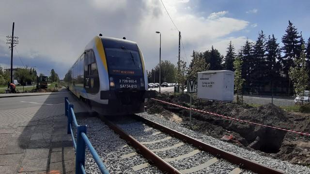 Przejazd na ul. Częstochowskiej w Opolu będzie strzeżony.