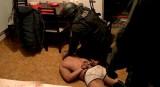 Grupa przestępcza rozbita. Nalot na handlarzy narkotykami (zdjęcia, wideo)