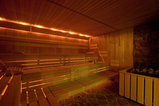 Sauny w Termie Bania. Choć sam kompleks jest zamknięty to sauny działają normalnie bo rząd na to pozwala.