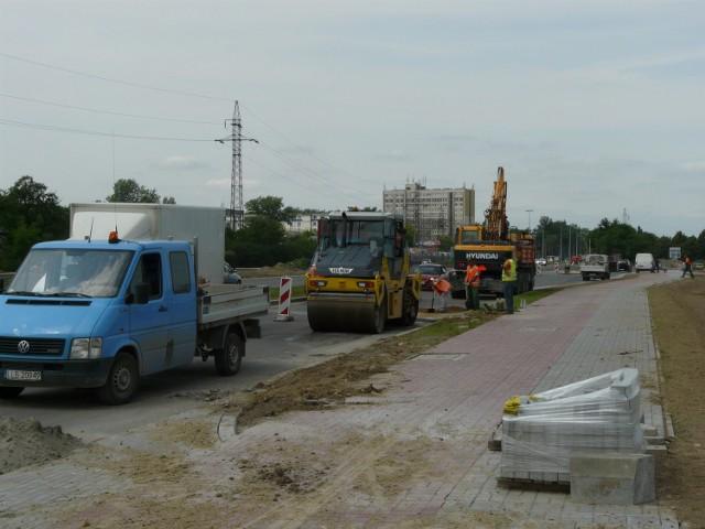 Prace przy ul. Mełgiewskiej