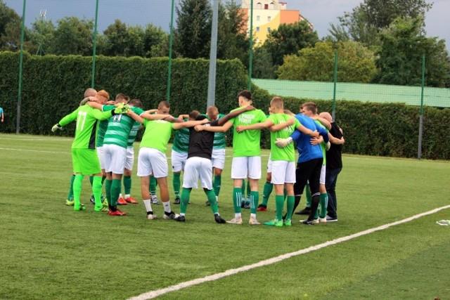 Piłkarze Prochu Pionki w sobotę zagrali z Zamłyniem