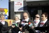 Dzień Edukacji Narodowej 2013. Nauczyciele z Solidarności z listami do parlamentarzystów [ZDJĘCIA]