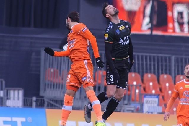 W meczu 14. kolejki lider Fortuna 1. ligi zespół Bruk-Betu Termaliki stracił kolejne dwa punkty remisując 0:0 na własnym boisku z zespołem GKS-u Tychy