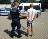 27-letni mieszkaniec Otwocka napadł na 15-latka siedzącego na ławce w parku