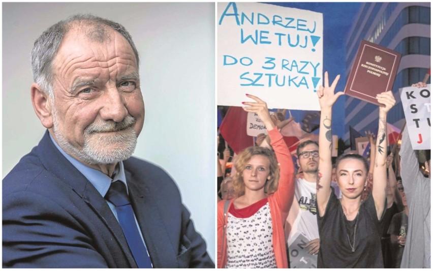 Fot. 1 Prof. Jan Tadeusz Duda, emerytowany pracownik AGH, radny wojewódzki, ojciec prezydenta RPFot. 2 Wczoraj wieczorem przed gmachem krakowskich sądów jeszcze raz zebrali się demonstranci.