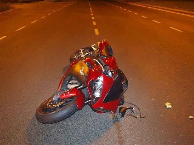 Motocyklista zderzył się z autokarem