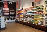 Znany sklep firmowy Wawel ze słodyczami jednak nie zostanie zlikwidowany