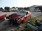 Śmiertelny wypadek w Strykowicach. Mężczyzna zbierał maliny, najechało na niego BMW. Pijany kierowca uciekł