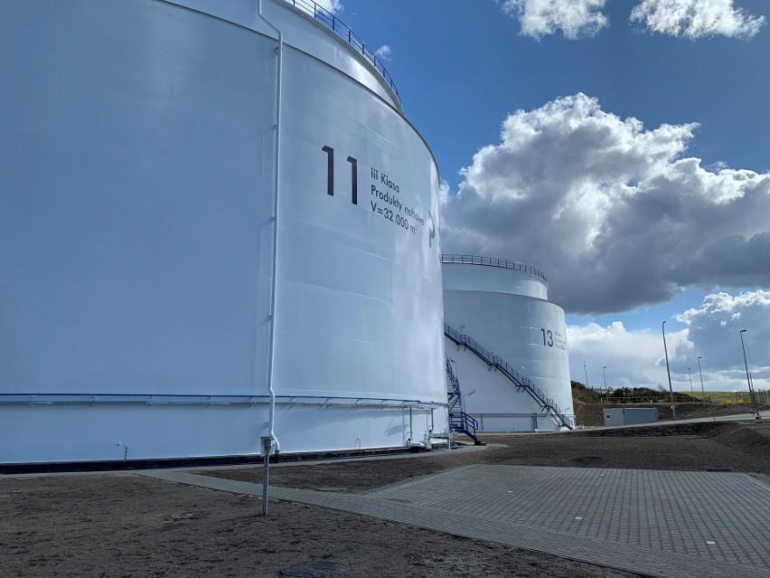 Baza Paliw na Dębogórzu powiększyła się o dwa dodatkowe rurociągi. Port Gdynia i PERN deklarują dalszą współpracę