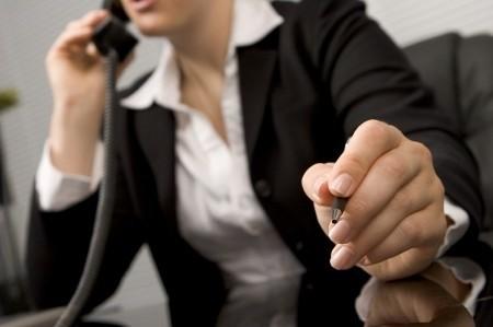 Warto zasięgnąć porady – tak u specjalistów, zajmujących się doradztwem zawodowym, jak i u tych, którzy po prostu funkcjonują z sukcesem w danej branży.