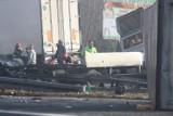 Koszmarny wypadek na DK 86 NAGRANIE Z WIDEOREJESTRATORA Kierowca wymusił pierwszeństwo