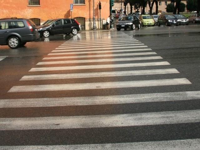 """W czasie akcji """"Znicz 2011"""" w powiecie brodnickim odnotowano już dwa wypadki drogowe i zatrzymano pięciu pijanych kierowców."""