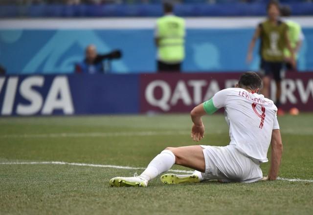 Podczas największej piłkarskiej imprezy świata wielu piłkarzy wyjątkowo mobilizuje się na mecze, które ich czekają. Mistrzostwa świata są jednak wyjątkowo stresującymi rozgrywkami, z którymi nie każdy radzi sobie tak, jak należy. Podczas mundialu oglądaliśmy występy zawodników, których znamy głównie ze świetnej gry w klubach, natomiast w Rosji zawiedli. Oto największe rozczarowania Mistrzostw Świata 2018.