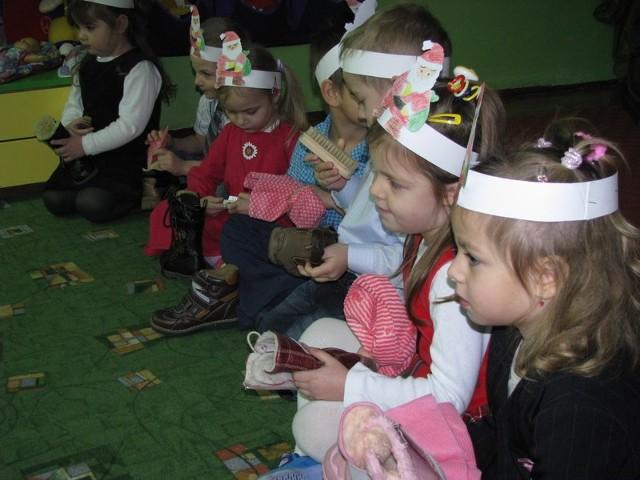 """Milusińscy, nawet najmłodsi (na zdjęciu z przedszkola """"Pinokio"""" - mogą wziąć udział w zajęciach organizowanych podczas ferii zimowych w ChDK i obejrzeć przedstawienia"""
