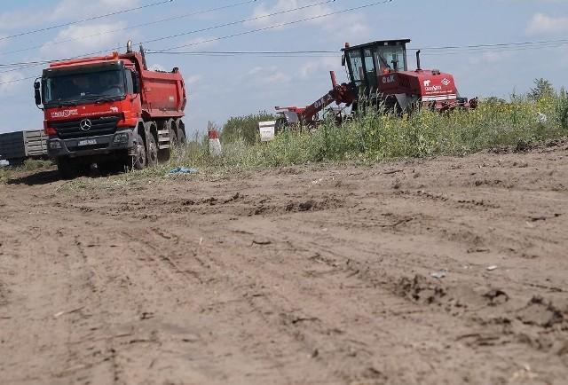 Na placu budowy inowrocławskiej obwodnicyMigawka z okolic skrzyżowania Sikorowo - Szymborze - Mątwy