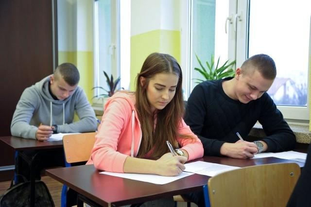 W V LO akcja pisania listów potrwa do piątku