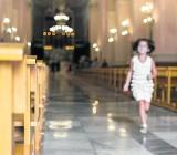 Wielkanoc: Jak okiełznać dziecko na mszy?