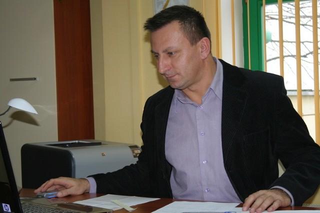 - Więcej osób pójdzie na staże, skorzysta z prac interwencyjnych, robót publicznych czy szkoleń - mówi Sławomir Cieślicki, dyrektor chełmińskiego pośredniaka