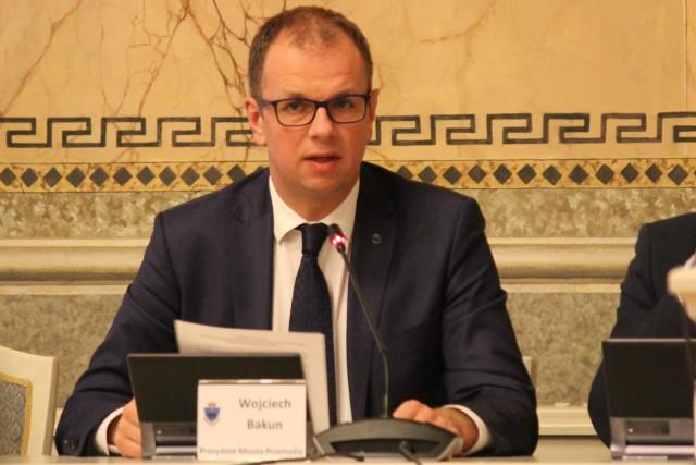 Prezydent Przemyśla Wojciech Bakun nie uzyskał wotum zaufania i absolutorium z wykonania budżetu za 2019 rok.
