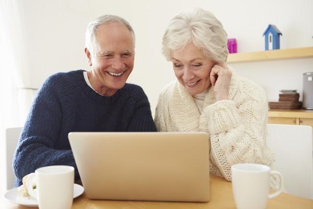 Poszukując rzeczy używanych najczęściej decydujemy się na zakupy online.