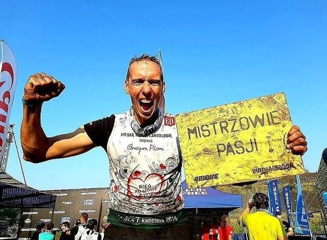 Grzegorz Pilarz nadal związany jest z siatkówką. Pomaga w prowadzeniu grupy młodzików w rodzinnym Bielsku-Białej. Jedną z jego nowych pasji są natomiast biegi ultra. Ukończył on między innymi Bieg Rzeźnika na dystansie 85 km.