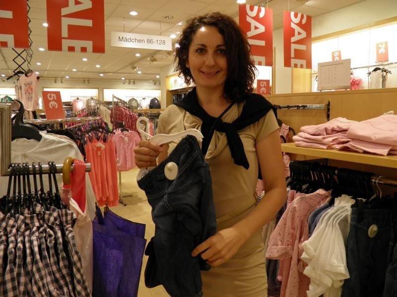 6780a60202 Słubiczanka Anna Zaremba często kupuje rzeczy na wyprzedażach. - Od kiedy  mam małą córeczkę to