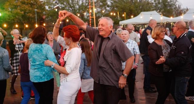 Potańcówki w Rzeszowie cieszą siędużym powodzeniem.
