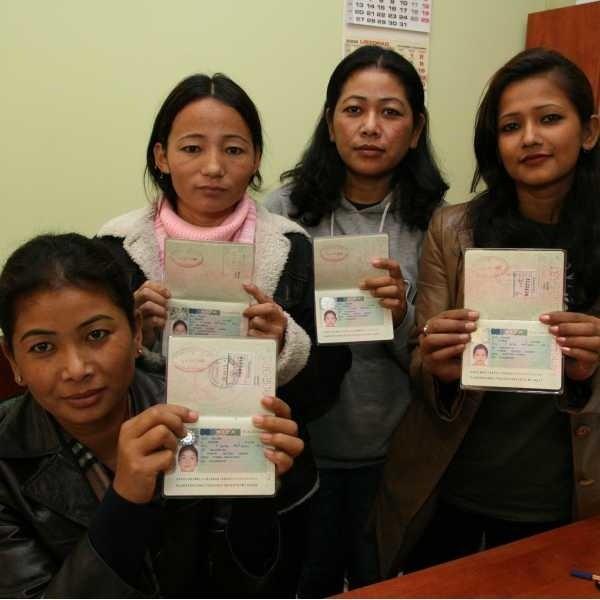 Z początkiem grudnia kobietom kończy się wiza. Czy będą musiały wrócić do Nepalu?