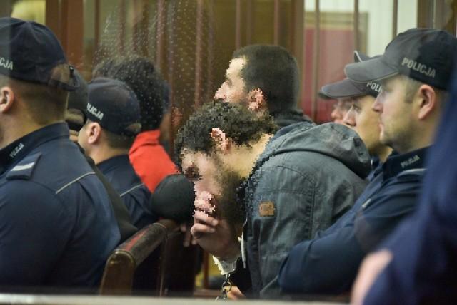 Czterej oskarżeni Czeczeni wzbudzają strach u własnych rodaków